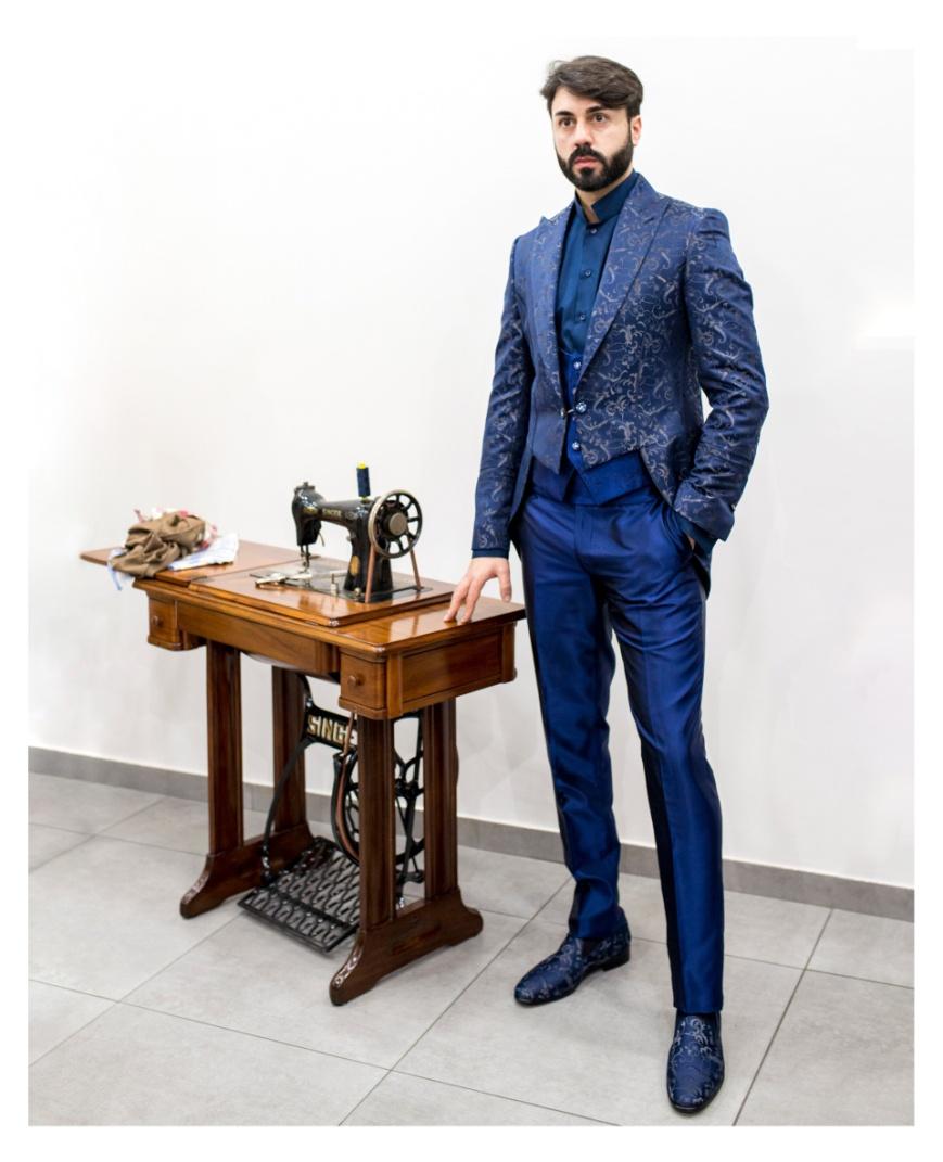 low priced ffdef 7428a Abito blu uomo elegante: quale scarpe abbinare?